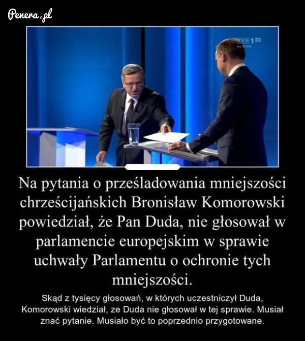 Czy Komorowski znał pytania przed debatą?