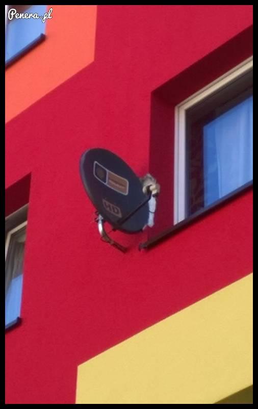 Montowanie anteny - Polak jednak potrafi