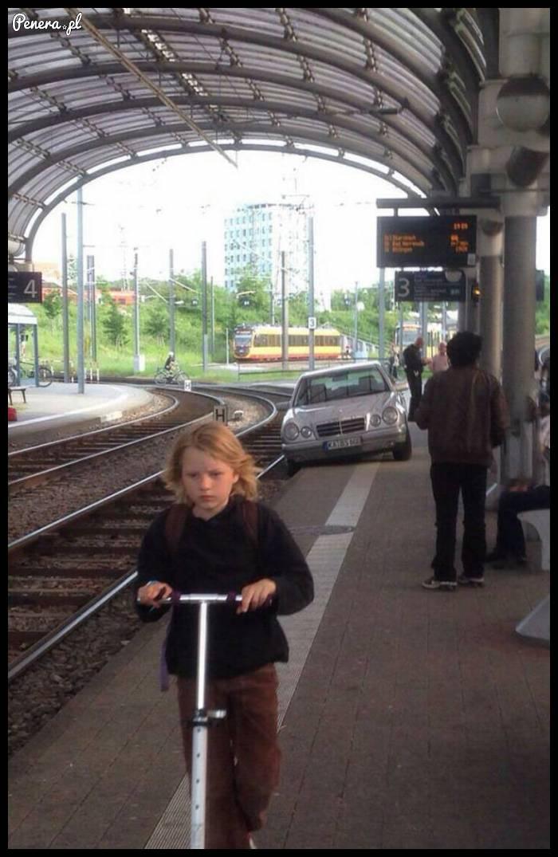Tak to bywa gdy się człowiek spieszy na pociąg