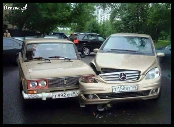 Łada vs Mercedes 1:0