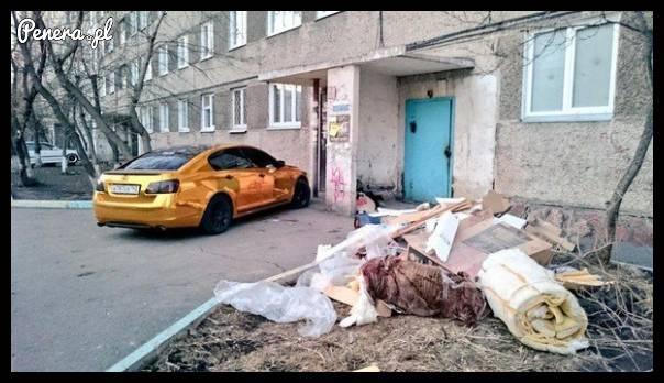 Jaka bieda by nie była to złote auto musi być