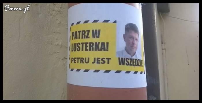 Patrz w lusterka - Petru jest wszędzie