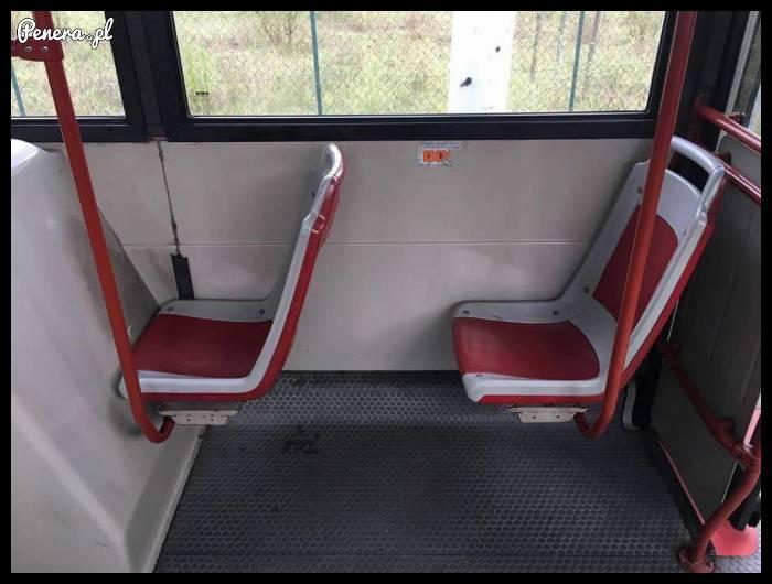 Coś chyba nie tak z tym siedzeniem :D