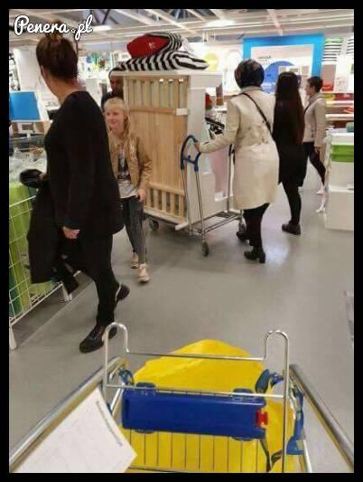 Babka nie ogarnęła zakupów w Ikea