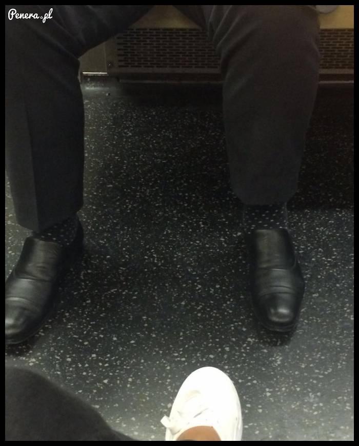 Spotkałem niewidzialnego człowieka w metrze :)