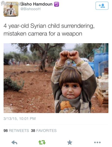 4-letnie syryjskie dziecko pomyliło kamerę z pistoletem