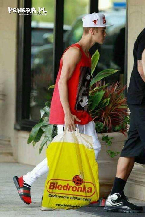 Już wiadomo gdzie się ubiera Bieber