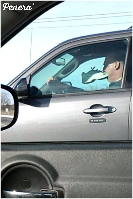 A Ty co robisz podczas jazdy samochodem?