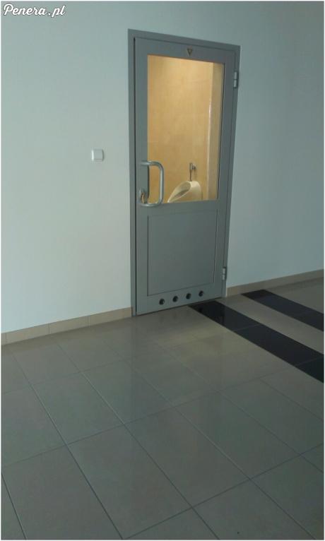 Bardzo komfortowa toaleta