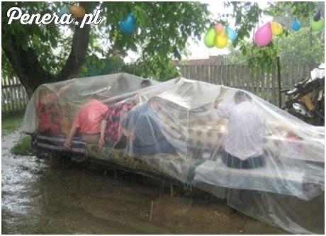 Na wiosce deszcz to nie przeszkoda :)