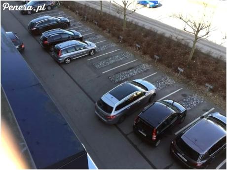 Parking KAF (Związek Pracy Kobiet) w Danii.