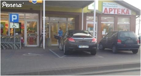 Parkowanie baby pod biedrą