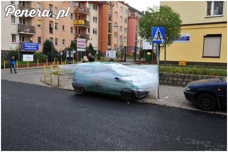 Piękna kara za zaparkowanie w Szczecinie na przejściu dla pieszych