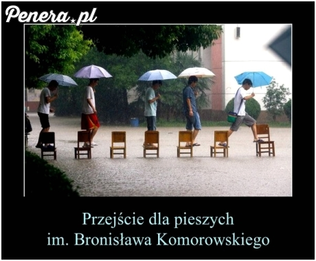 Przejście dla pieszych im. Komorowskiego