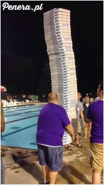 Przepraszam czy ktoś zamawiał pizzę