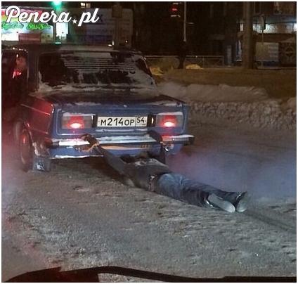 Tak się w Rosji łapie taksówki