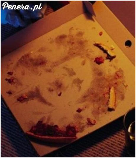 Zjadasz pizze a tam taki widok na pudełku